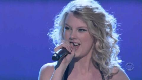 Taylor Swift At The ACM 2007-2010