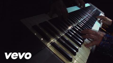 Elton John - Looking Up - Live