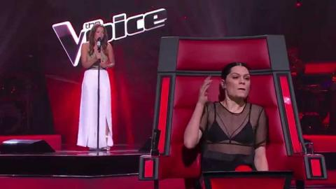 Sarah Valentine Sings Summertime Sadness | The Voice Australia 2015