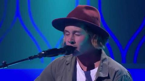 Nathan Hawes Sings Hold On We're Going Home | The Voice Australia 2015
